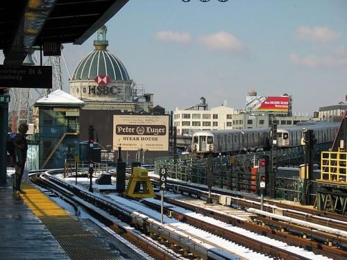 Marcy-Avenue-station.jpg